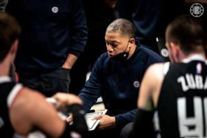 NBA日报:快船宣布变阵,哈登继续缺席G3,篮网勇士萌生交易想法