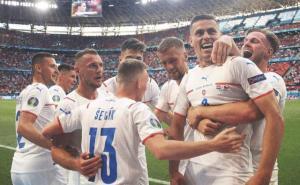 观察:捷克淘汰荷兰绝非爆冷 整体足球回来了!
