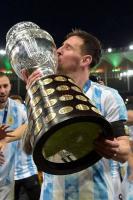 梅西是好领袖!他称美洲杯夺冠,也要感谢没进以前的阿根廷国脚!